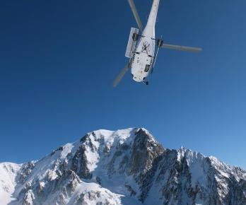 Droit sur le Mont-Blanc